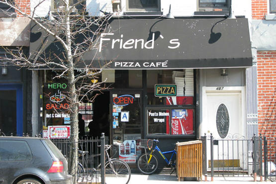 Friend's Pizza Cafe