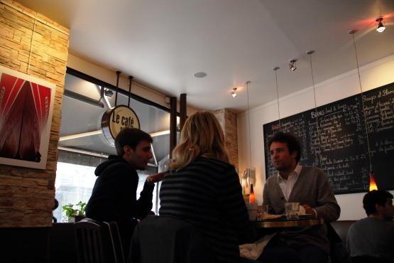 le caf qui parle 24 rue caulaincourt 18e restaurants caf s time out paris. Black Bedroom Furniture Sets. Home Design Ideas
