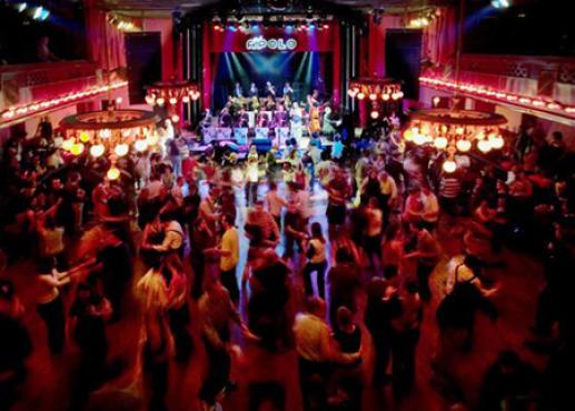 Sala apolo nou de la rambla 113 poble sec 08004 music for Night club barcelona