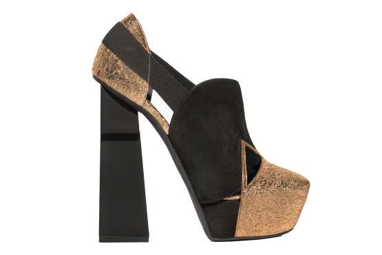 6854414fe Destaque também como o designer holandês Marieka Ratmsa, que teve a honra  de ter seu sapato