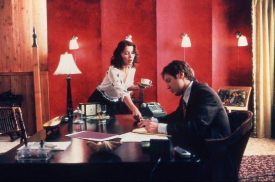 The 100 best romantic movies, Secretary