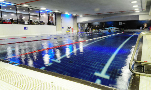 Central ymca for Swimming pools in london ontario