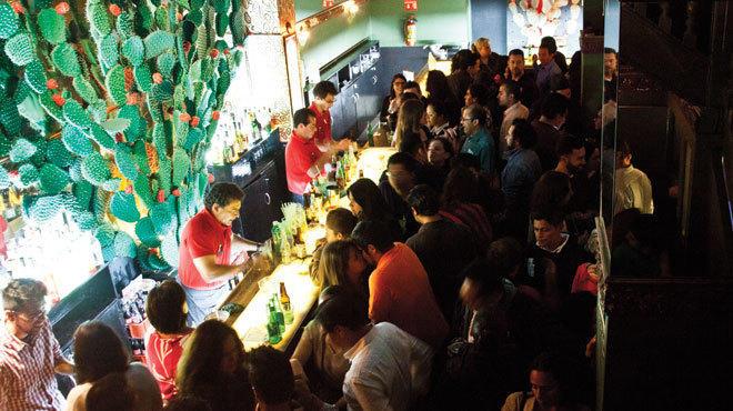 Bar mil n mil n 18 ju rez 06600 bares y cantinas for Gay club milan