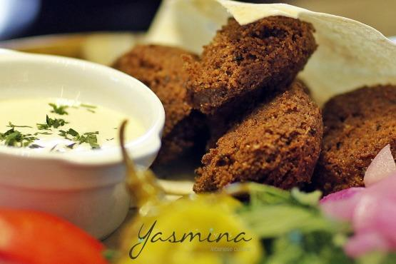 Yasmina lebanese cuisine marina mall airport by pass for Cuisine yasmina