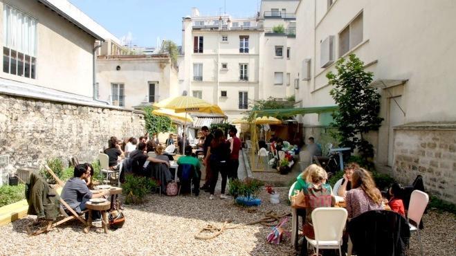 Au fond du jardin bar paris - Deco jardin secret saint etienne ...