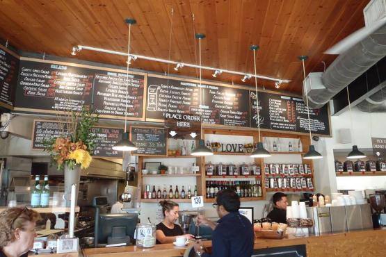 Lake House Cafe Encino